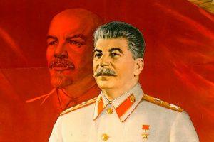 Почему Россия сама дает повод переписывать свою историю, в частности эпоху Сталина